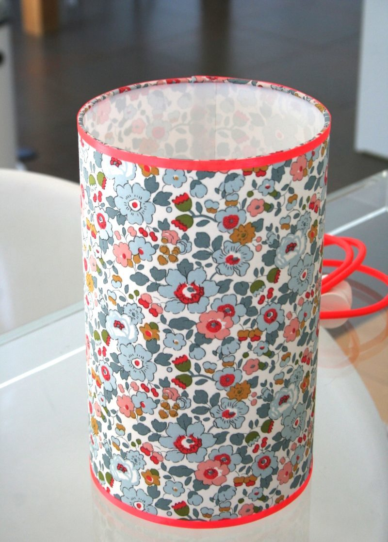 magasin luminaire lyon décoration lampe totem liberty betsy porcelaine