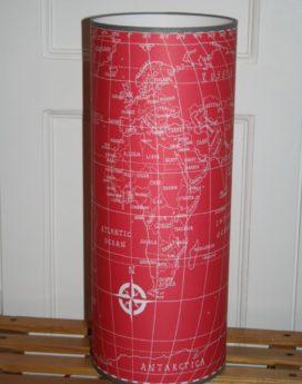 magasin luminaire lyon lampe totem grand modèle map monde rouge décoration