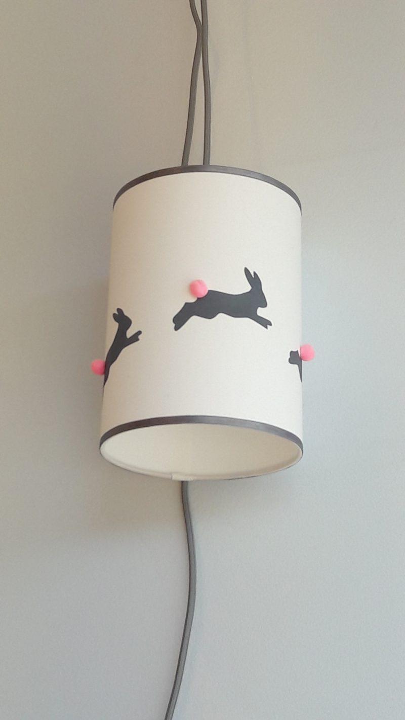 magasin luminaire lyon baladeuse décoration chambre enfant lapins gris rose