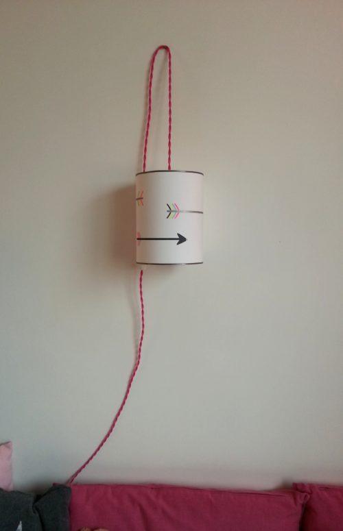 magasin luminaire lyon décoration lampe baladeuse rose flèches chambre enfant fille 2