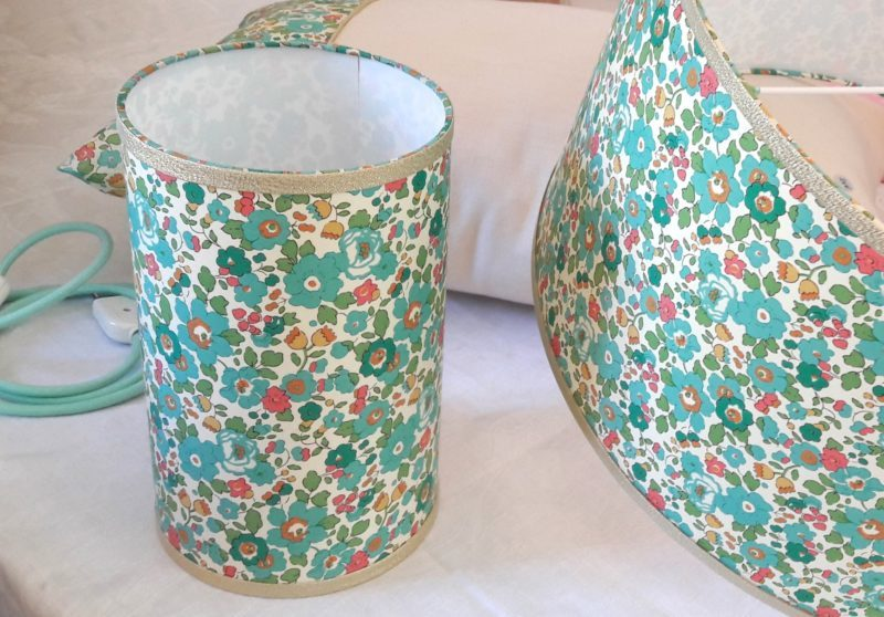 magasin luminaire lyon décoration lampe totem liberty betsy turquoise deco