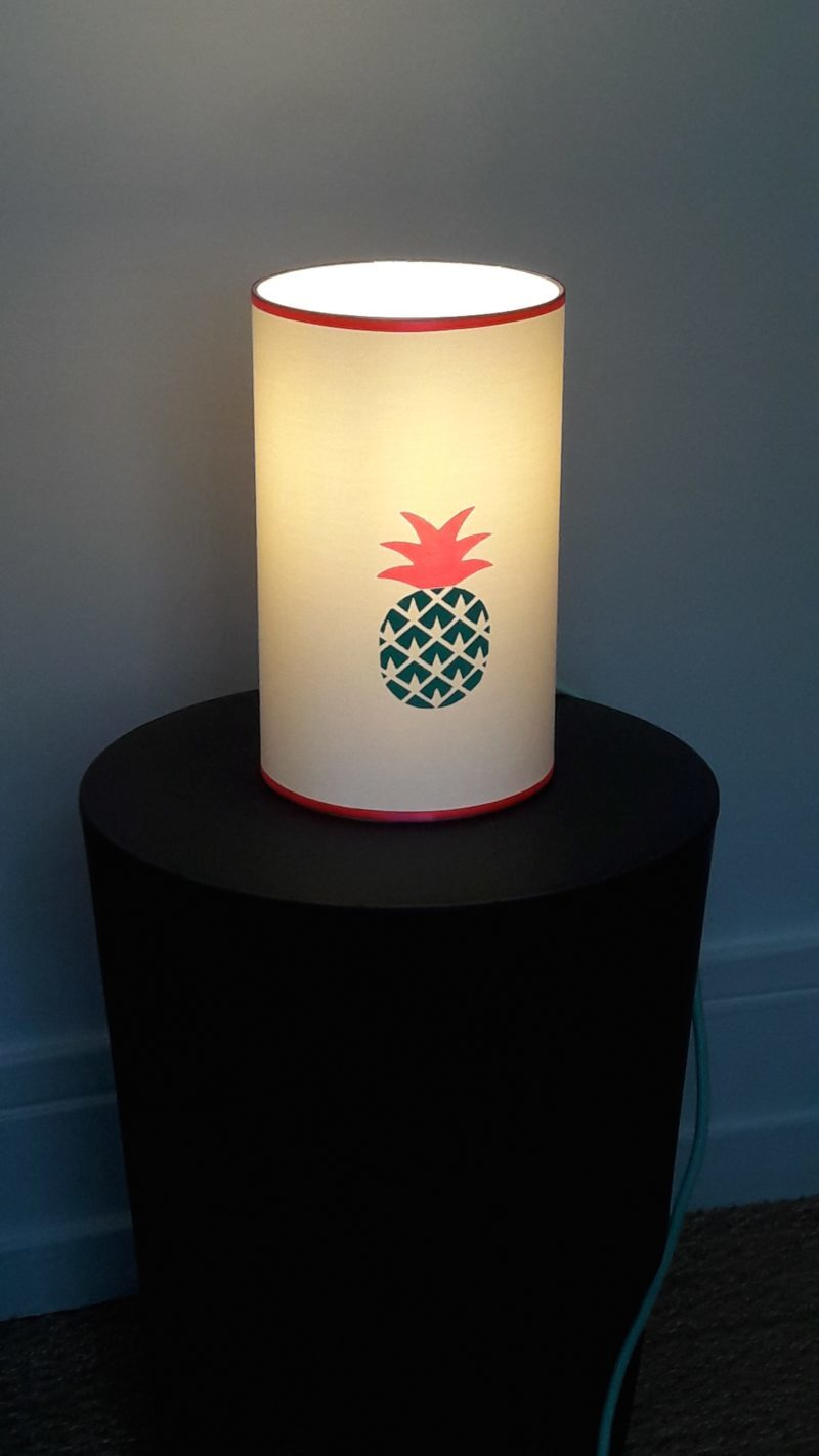 magasin luminaire lyon lampe totem ananas mint fluo