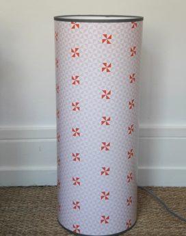 magasin luminaire lyon lampe totem hélice géométrique pastels chambre décoration