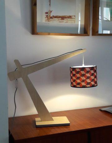 magasin luminaire lyon lampe potence cubique rouge