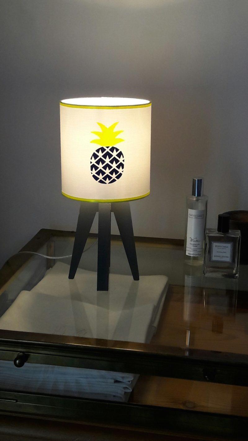 magasin luminaire lyon lampe quadripode chambre enfant ananas marine fluo 1