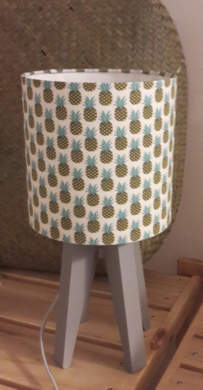 magasin luminaire lyon lampe quadripode mini chambre enfant décoration ananas