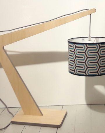 magasin luminaire lyon potence géométrique bleu