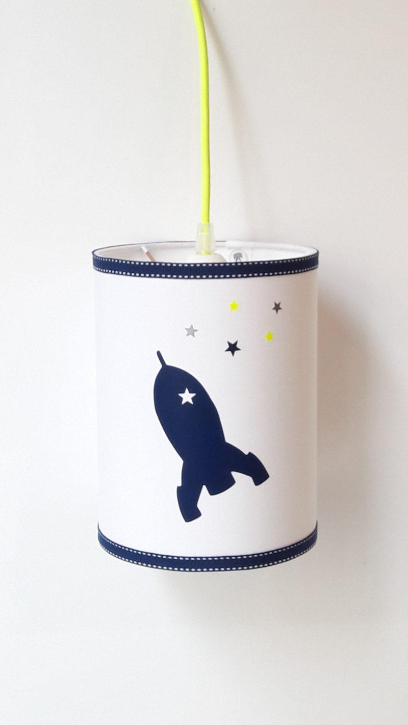 magasin luminaire lyon lampe baladeuse marine jaune fluo fusée chambre enfant décoration