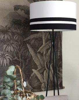 magasin luminaire lampadaire bandes noires