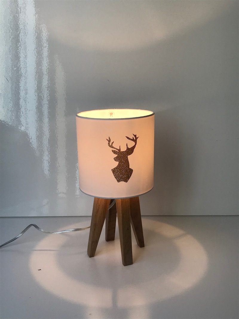 magasin luminaire lyon lampe quadripode mini cerf doré