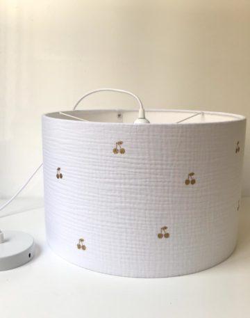 magasin luminaire lyon suspension cerises décoration chambre enfant doube gaze blanche
