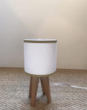 magasin luminaire lyon lampe quadripode lin blanc bordure dorés