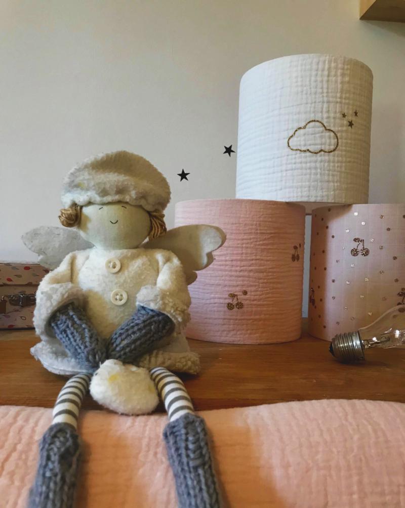 magasin luminaire lyon abat jour double gaze nude cerise or chambre enfant