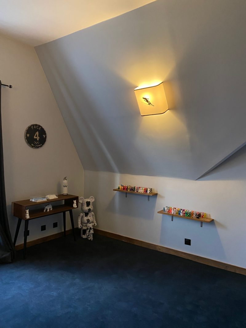 magasin luminaire lyon applique murale light chalet ski skieur élan noir decoration interieur montagne idee deco