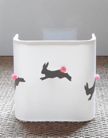 magasin luminaire lyon applique murale demi carre decoration chambre enfant lumiere lapin gris rose fluo
