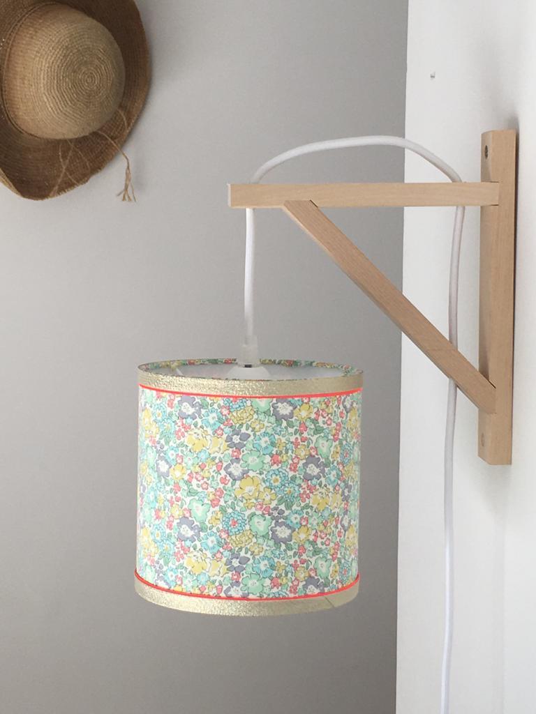 magasin luminaire lyon applique murale equerre abat jour liberty ann decoration chambre enfant lumiere