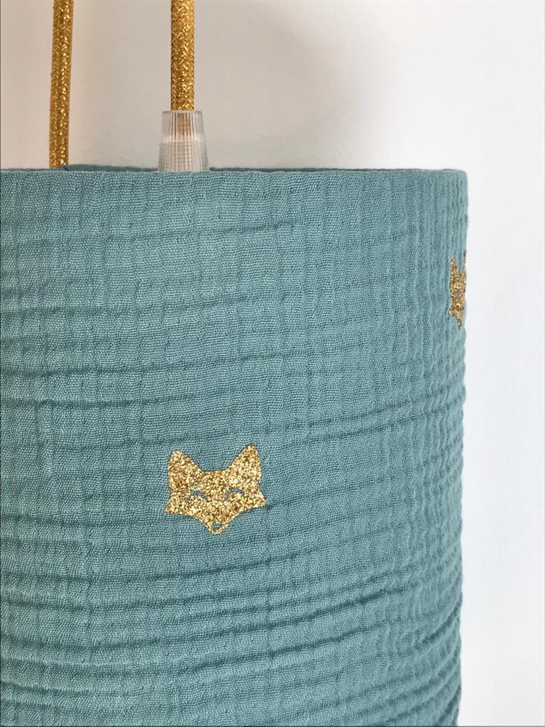 magasin luminaire lyon lampe baladeuse abat jour chevet deco chambre enfant double gaze vert eucalyptus idee cadeau naissance renard or