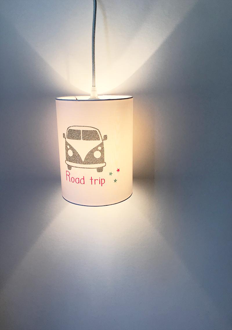 magasin luminaire lyon lampe baladeuse abat jour suspension decoration chambre enfant lumiere van road trip paillete argente rose fluo