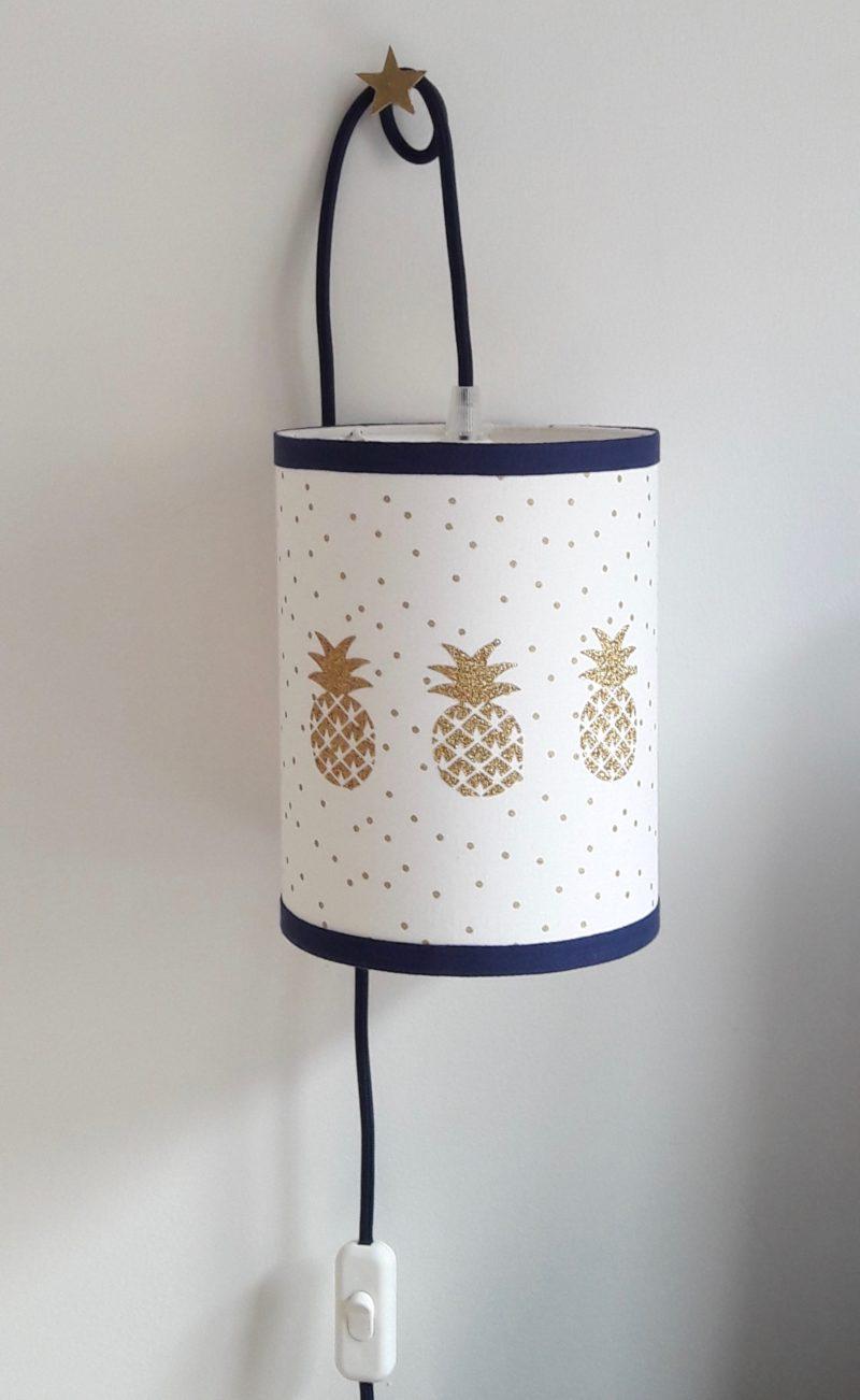 magasin luminaire lyon lampe baladeuse chevet bureau abat jour decoration chambre enfant ananas paillette dore pois