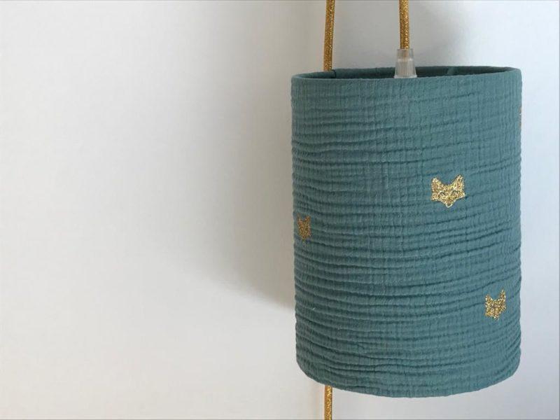 magasin luminaire lyon lampe baladeuse deco chambre enfant idee cadeau naissance tissu double gaze vert eucalyptus renard glitter dore