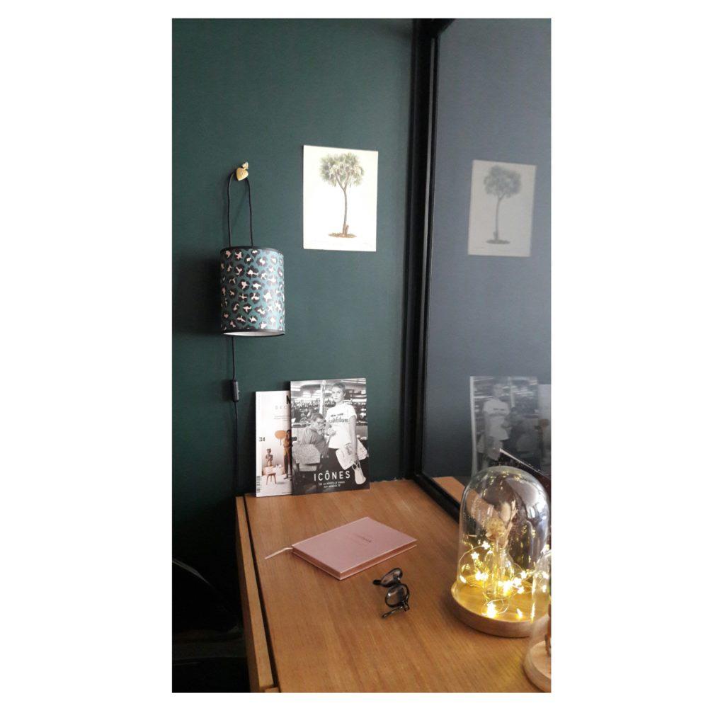 magasin luminaire lyon lampe suspendre abat jour papier leopard decoration interieur serie limitee