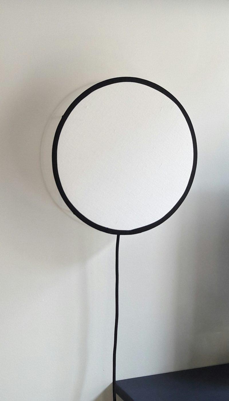 magasin luminaire lyon lampe tam tam tambour decoration interieur salon chambre tissu lin blanc noir applique murale