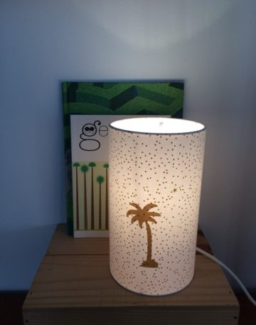 magasin luminaire lyon lampe totem chevet bureau abat jour decoration chambre enfant palmier or paillette