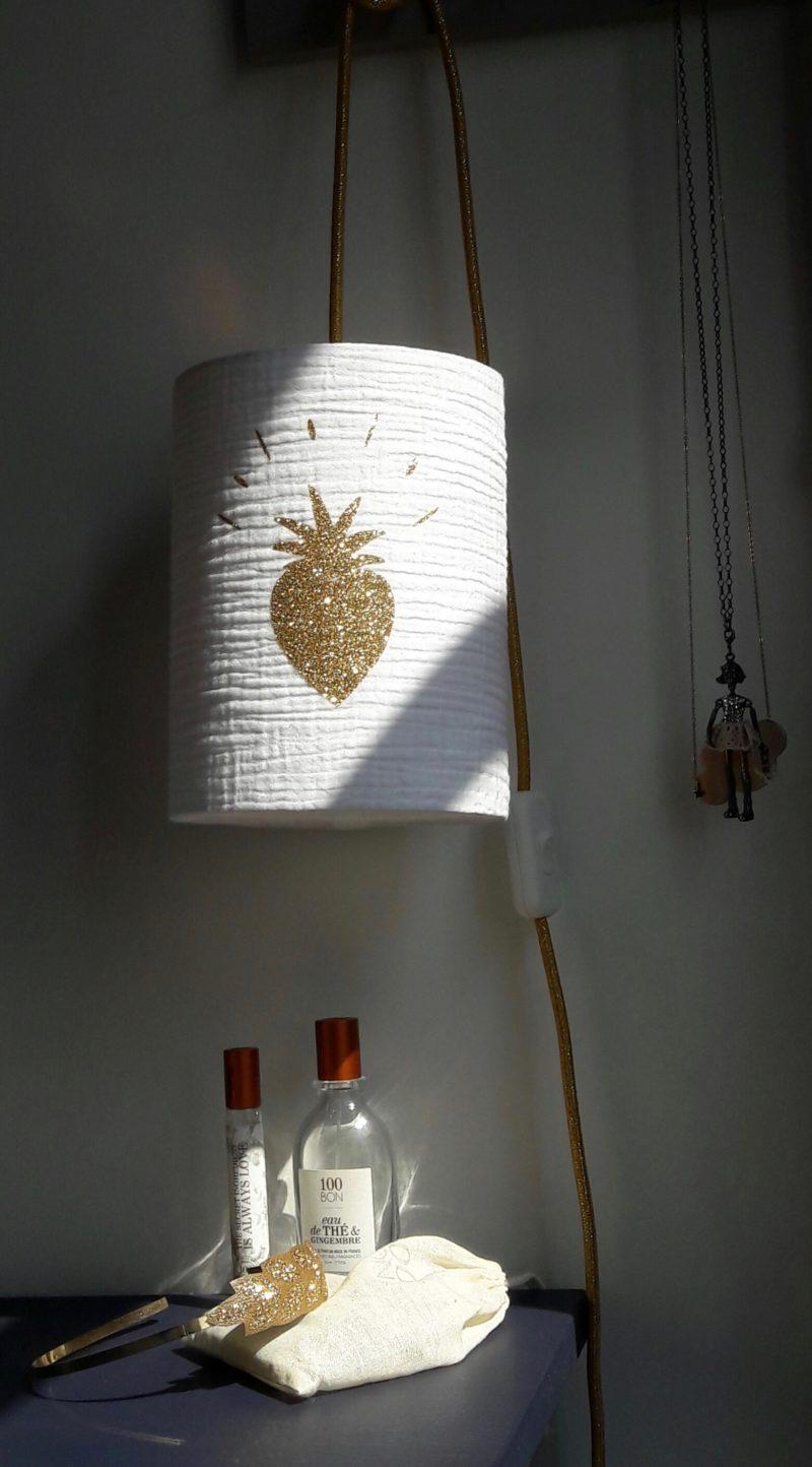 magasin luminaire lyon tissu double gaze coton blanche coeur paillete dore deco interieur idee cadeau