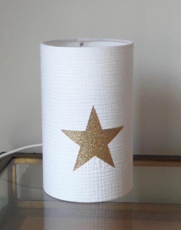 magasin luminaire lyon lampe totem tube chevet decoration chambre enfant double gaze coton blanche etoile dore