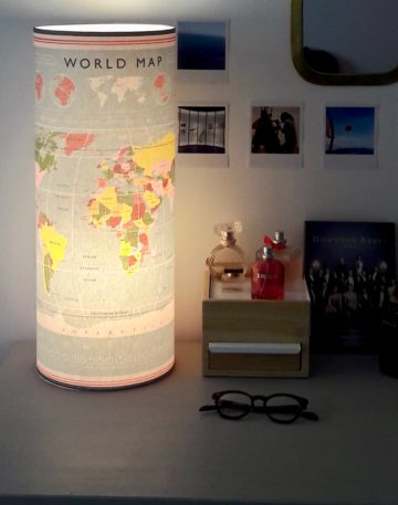 magasin luminaire lyon lampe totem tube decoration chambre enfant idee cadeau world map carte du monde