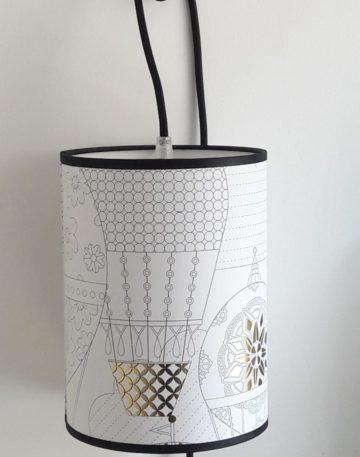 magasin luminaire lyon decoration interieur maison lampe baladeuse montgolfiere dore blanc abat jour