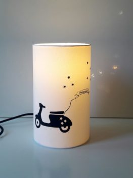 magasin luminaire lyon decoration lampe totem chambre enfant personnalisable chevet bureau scooter marine lampe deco