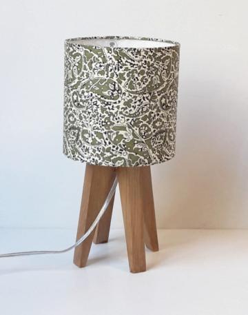 magasin luminaire lyon lampe sur pied quadripode mini tissu london liberty lagos laurel interieur maison salon deco