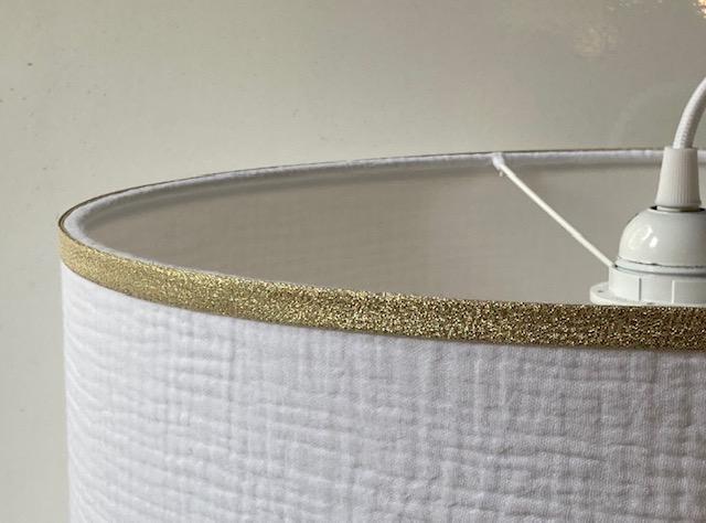 magasin luminaire lyon abat jour suspension sur mesure tissu double gaze coton blanche bordure dore