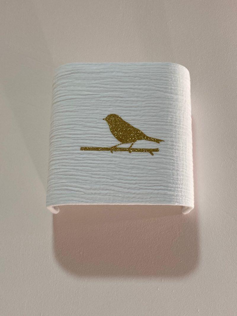 magasin luminaire lyon applique murale decoration chambre enfant double gaze coton oiseau paillete dore sur mesure
