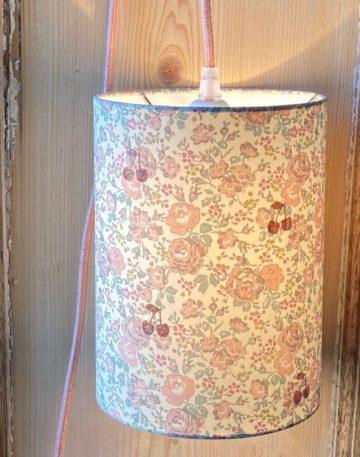 magasin luminaire lyon abat jour Liberty felicite powder cerise paillete decoration chambre enfant