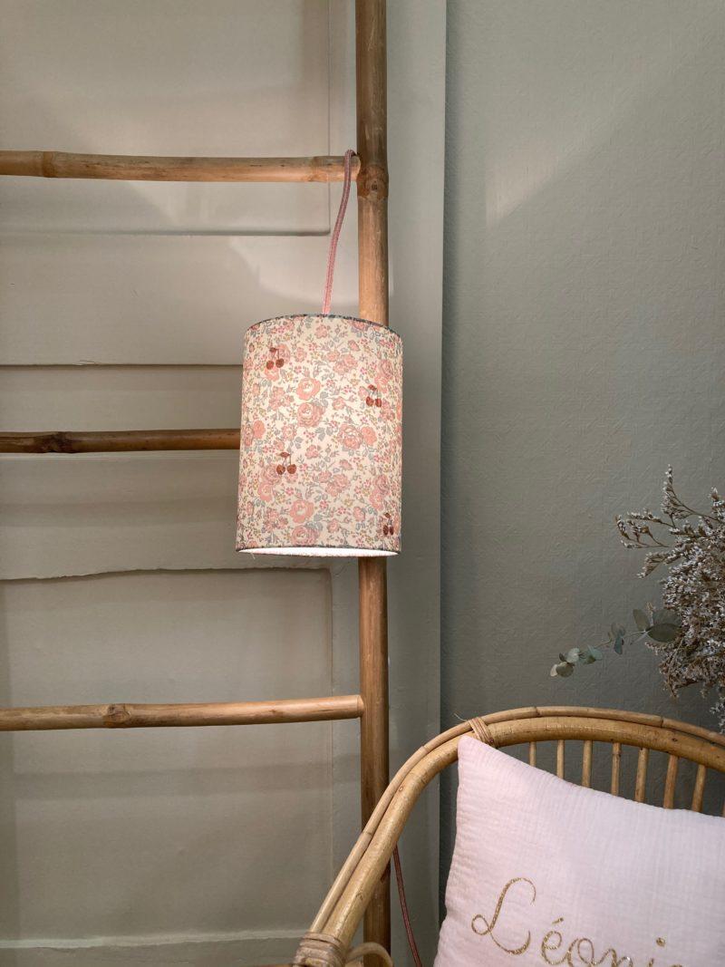 magasin luminaire lyon abat jour lampe baladeuse liberty felicite powder rose cerise paillete cuivre personnalisation sur mesure chambre enfant