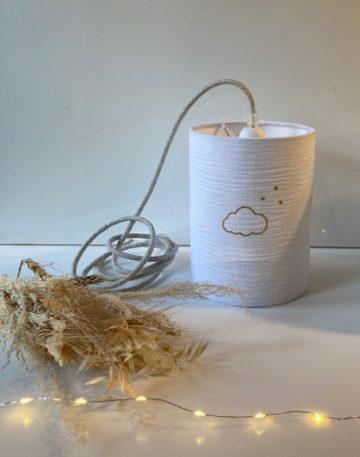 magasin luminaire lyon lampe baladeuse abat jour sur mesure decoration chambre enfant double gaze coton blanche nuage paillete or